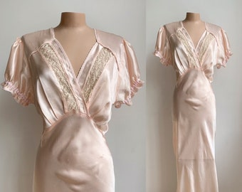 1950s Bias Cut Silky Pale Pink Nightgown Nightdress Embroidered Lace Vintage Slip Nightwear Lingerie