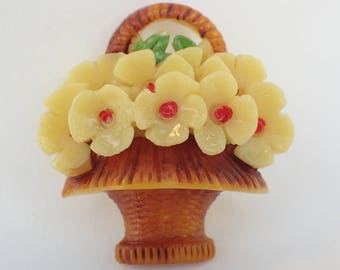 Art Deco 1920's-30's Early Plastic Celluloid Pretty Sunny Yellow Bouquet Flower Brooch Pin Vintage