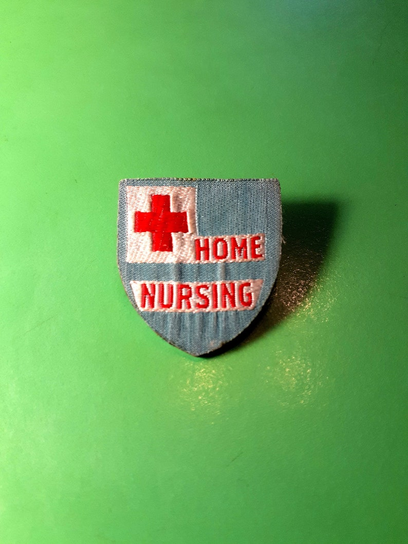 Vintage 40s Home Nursing Badge Pin c catch 1940s nurse fabric red cross pinup rockabilly punk shield home health doctor medic medical