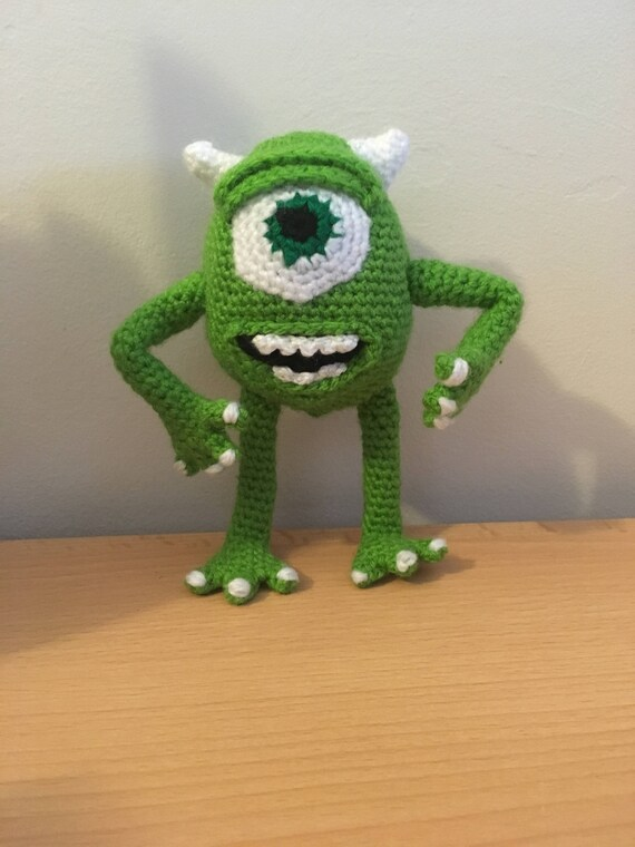 Ravelry: Monsters Inc. Baby Mike and Sulley pattern by Josephine Wu | 760x570