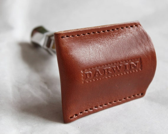 Genuine Whisky-Brown Leather Pouch for your Safety Razor Head - DARWIN