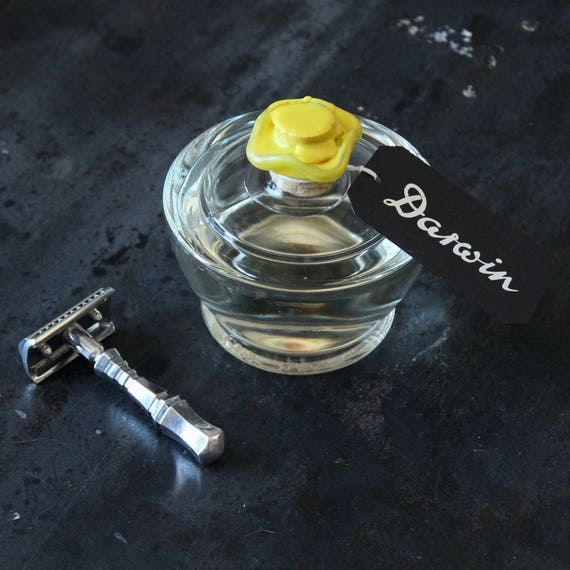"""Aftershave Lotion """"Classic"""" in Glass Bottle with Flower Neck - DARWIN"""