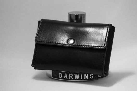 Deluxe Travel Pouch in Genuine Leather for Safety Razors - DARWIN