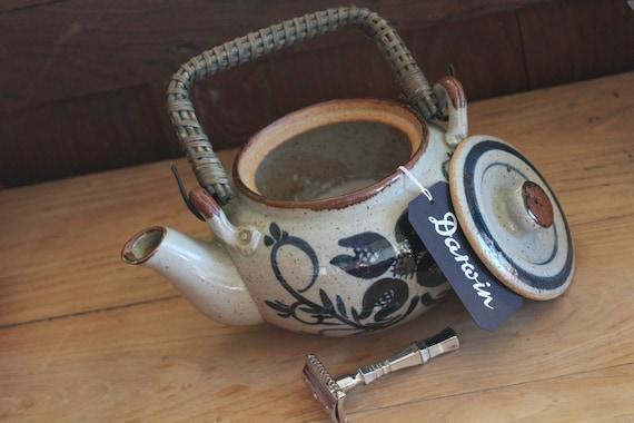 "Luxury Organic Shaving Soap in Stoneware Tea Pot - DARWIN ""Classic Scent"""