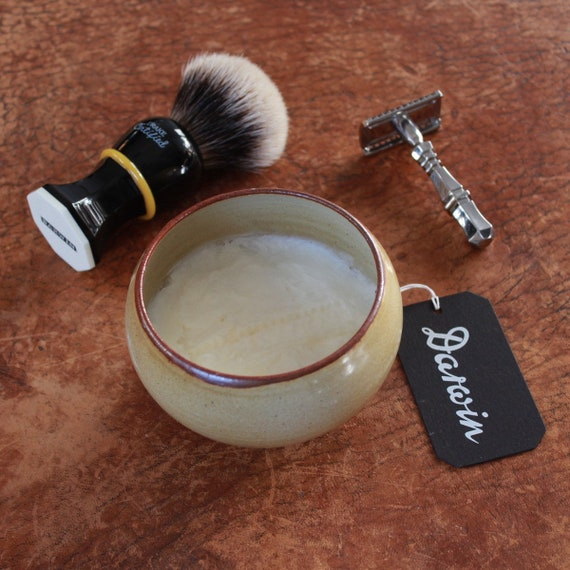 "Luxury Shaving Soap in Stoneware Bowl - DARWIN ""Classic Scent"""