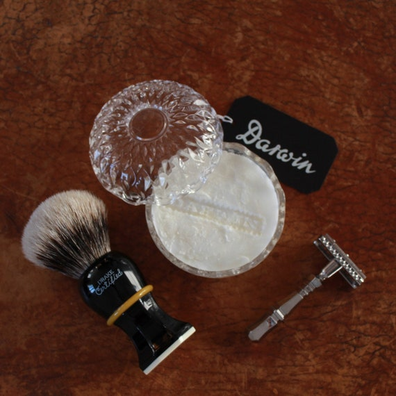 """Luxury Shaving Soap """"Classic Scent"""" in small Crystal Glass bowl - DARWIN"""
