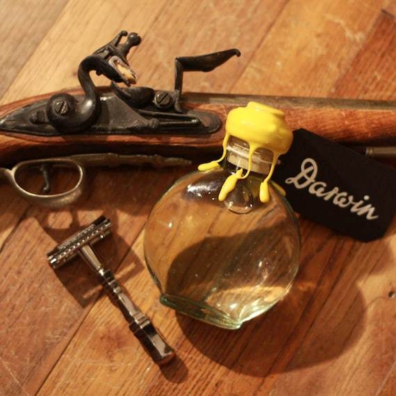 """Organic Aftershave Lotion in Ancient Glass Bottle - DARWIN """"Classic"""" - Made in France"""