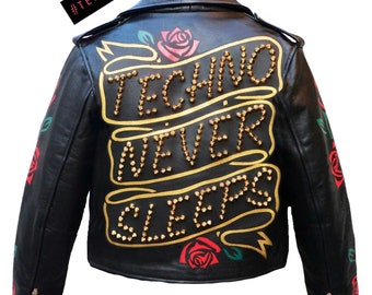 Techno Never Sleeps - roses