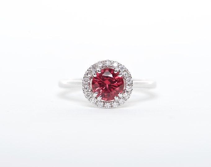 The Nikole - 18K White Gold Round Red Spinel Unique Halo Diamond Engagement Ring Anniversary Ring Birthstone Ring Custom Ring