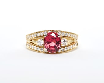 The Caddie - 18K Yellow Gold | Oval Shaped | Red Spinel |  Unique Halo Diamond | Engagement Ring | Anniversary Ring | Birthstone Ring