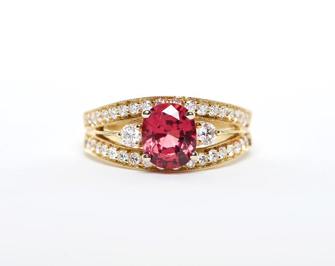 The Caddie - 18K Yellow Gold Oval Red Spinel Unique Halo Diamond Engagement Ring Anniversary Ring Birthstone Ring Custom Ring