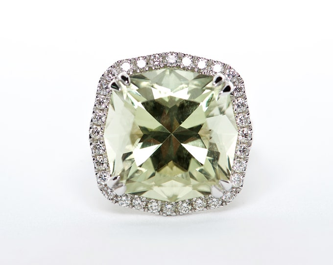 The Amelia - 18K White Gold Cushion Cut Golden Beryl Unique Halo Diamond Engagement Ring Anniversary Ring Birthstone Ring Custom Ring