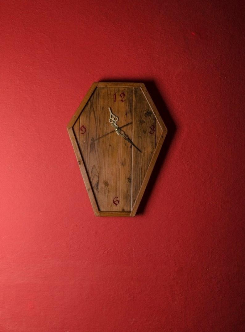 Bois récupéré horloge gothique