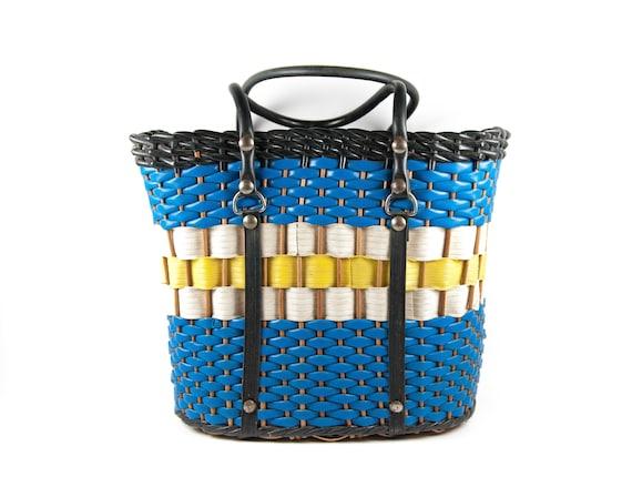 French vintage basket, basket braided scoubidou, p