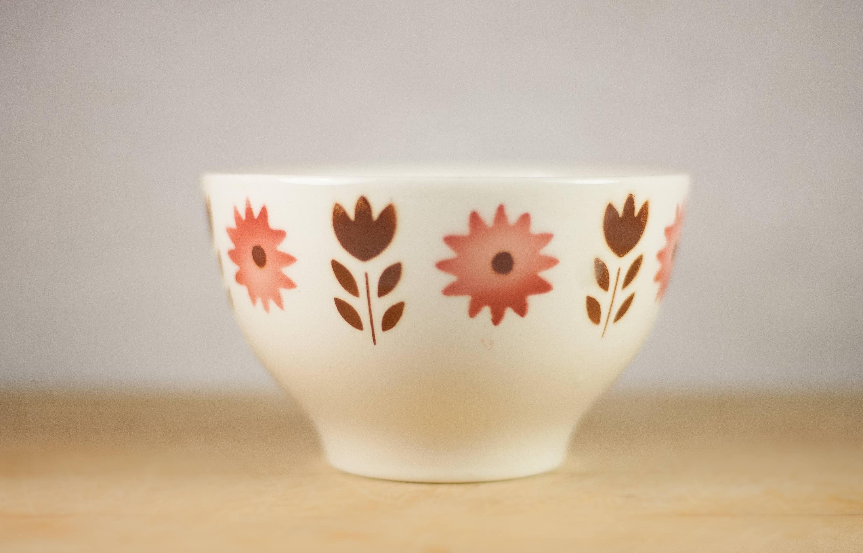 Vintage Bowl, ceramic Portuguese SACAVÉM, floral design, stencil airbrush,  kitchen, breakfast, coffee, collection, bowl, flowers, 70's bowl