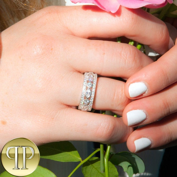 Sterling Silver .925 CZ Women/'s XOXO Love Eternity Wedding Band Ring Size 4-10