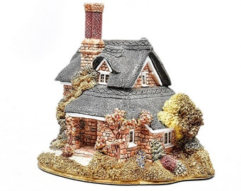 LILLIPUT LANE ~ Oak Cottage