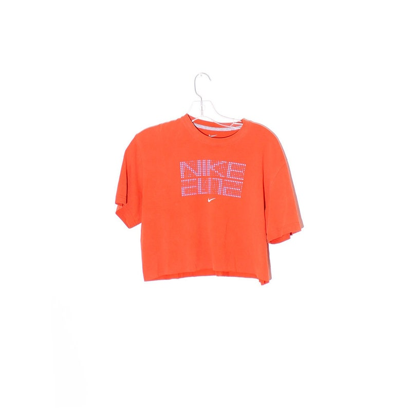 3b383c8372912 90s NIKE CROP TOP adorable sporty cropped t shirt nike shirt nike tee  tshirt 90s crop top 90s clothing boxy oversized sporty athletic