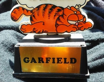Absolutely adorable Garfield statue type trophy that says I am not in the mood to be adored classic grumpy Garfield vintage find rare 1978