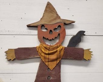 Scarecrow | Scarecrow Sign | Scarecrow Decor | Fall Decor | Autumn Decor | Halloween Decor | Farmhouse Decor | Farmhouse Sign