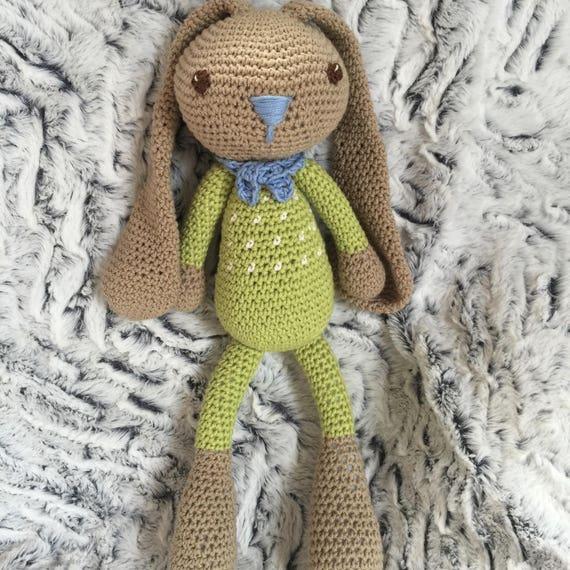 Patron Amigurumi : Layla le Lapin | Modèles de jouets au crochet ... | 570x570