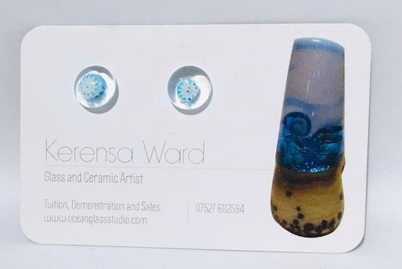 Handmade Glass Stud Earrings white and pale blue flower under a clear lens murrini italian SRA J57 Lampwork