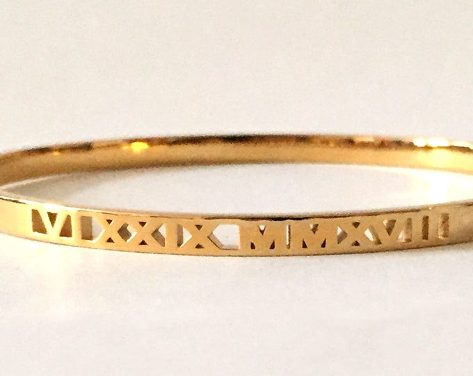 Custom Roman Numeral Bangle Bracelet | Special Date Bracelet | Elegant Wedding Gift | Sophisticated Mom Jewelry | Remembrance | Anniversary
