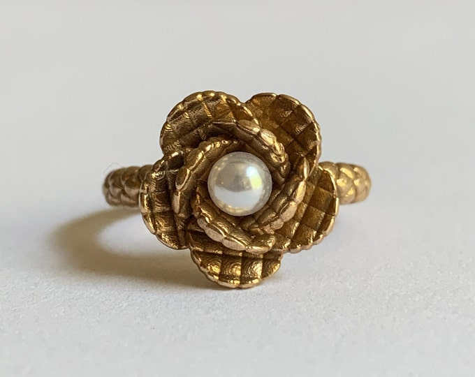 Bronze and Pearl Quilted Flower Ring