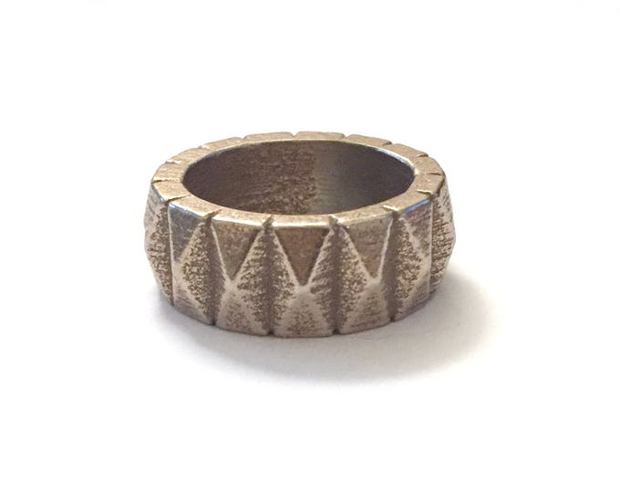 Super Chunky Vertical Geometric Band in 3D Printed Steel | Unisex Jewelry | Gifts for Men & Women | Rock 'N Roll Ring | Industrial Look Ring