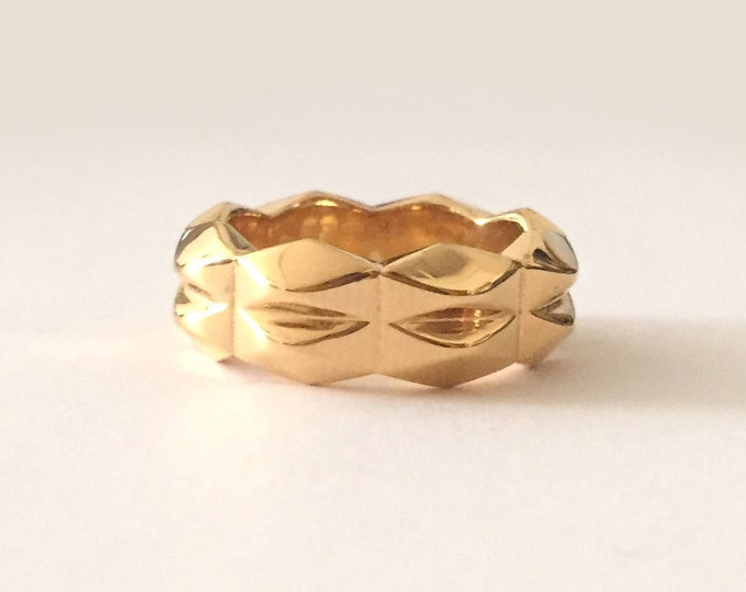 14k Gold Plated Chunky Geometric Ring Band | Bold Wedding Band | Unisex Jewelry | Gifts for Men & Women | Rock 'n Roll Ring | Faceted Metal