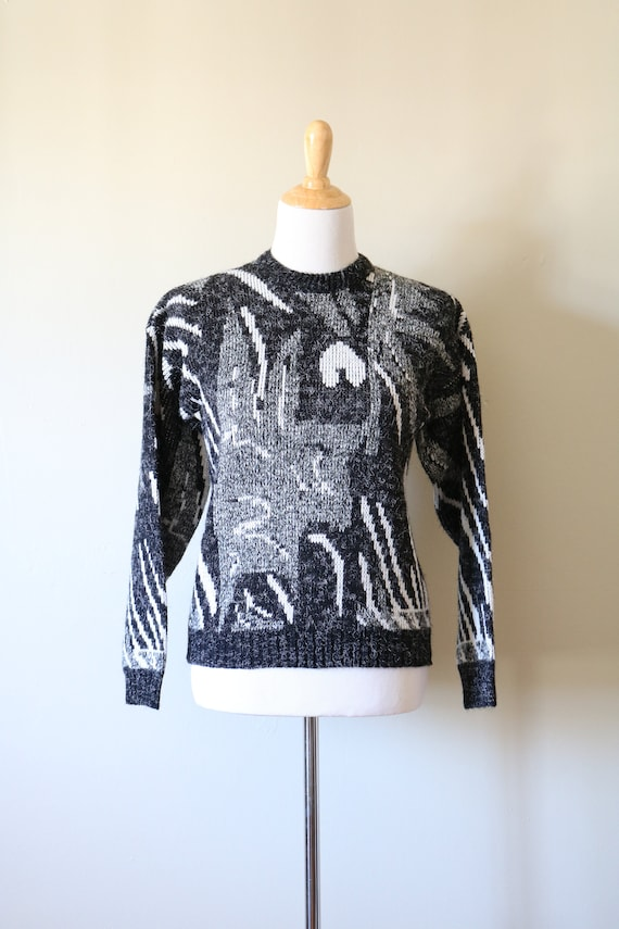 1980s Vintage Geometric White, Black, and Gray Sw… - image 2
