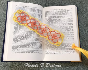 Handmade bookmark, unique bookmark, book marks, tatting, gift for reader, book lover gift, frivolite, gift for mum, gift for aunt