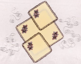 A set of napkins with flower