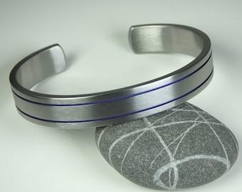 Solid grade 2 titanium bracelet anodized grooves. Mens bracelet. Mens jewellery. Titanium jewelry.