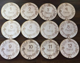 Floral Bow Baby Monthly Milestone Plaques