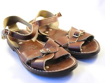 77cb56126bbe Boys Vintage Roman Sandals