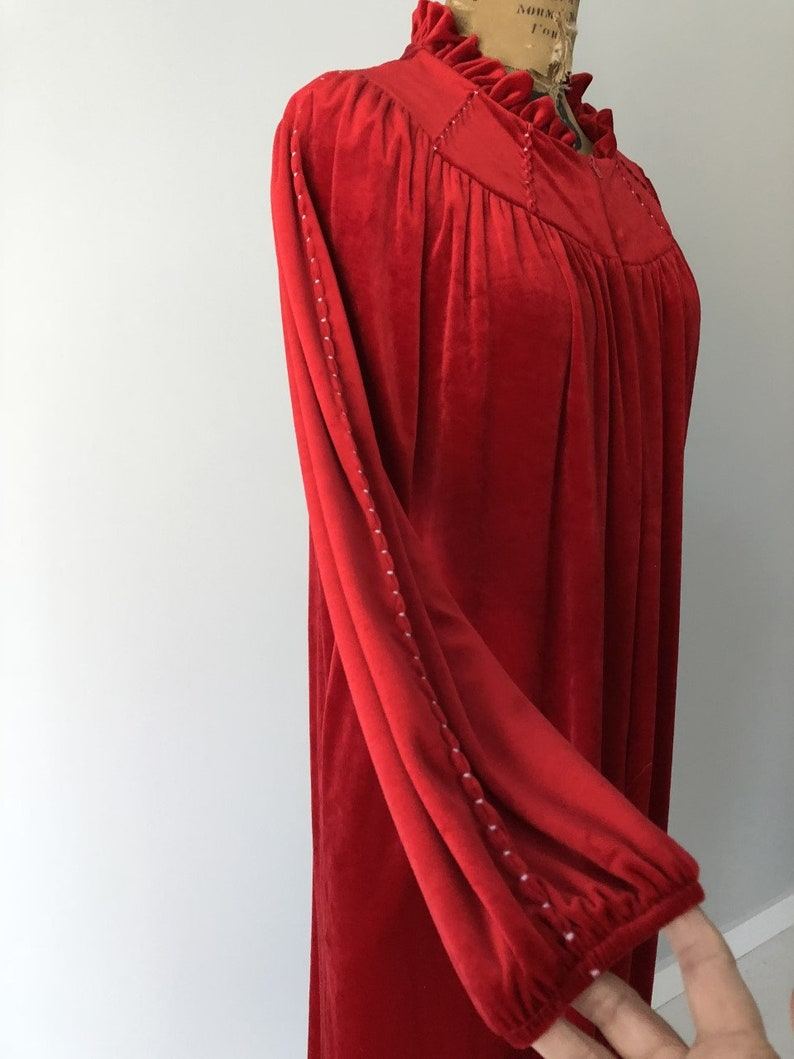 New Zealand Vintage D Winter Gown Velvet Dressing Gown 1970s Royal Red Velour Robe New Zealand NZ Made Regina Vintage Dressing Gown