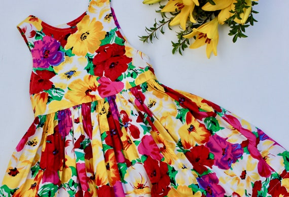 Vintage Dress Girls size 6 Yellow Spring and Summer Short Sleeve Flower Dress 1980s Pale Yellow and Pink Floral Dress by Rose Cottage