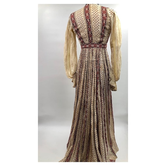 Early 1900's Homespun Prairie Dress with Gauze Sle