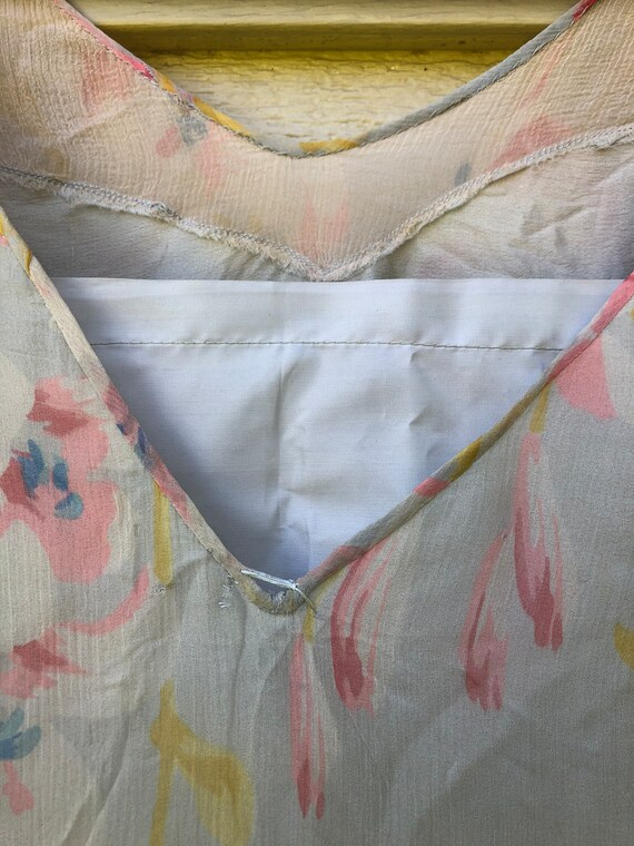1930's Floral Bias Cut Silk Chiffon Dress with Sl… - image 7