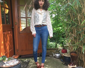 Vintage Lace Blouse with Ruffle Collar