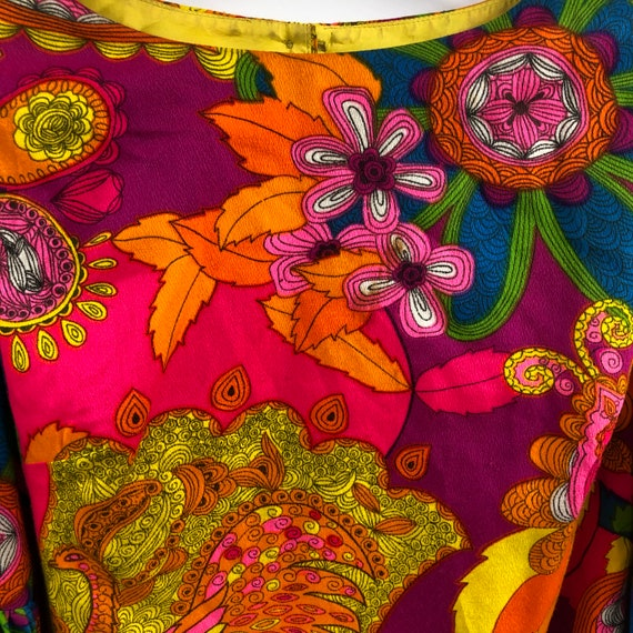 Vintage 1960's Bright Psychedelic Print Blouse - image 2