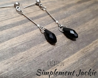 Simple earring and delicalte