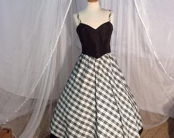 Vintage 1980/'s Belle France red taffeta black white plaid prom dress Gown