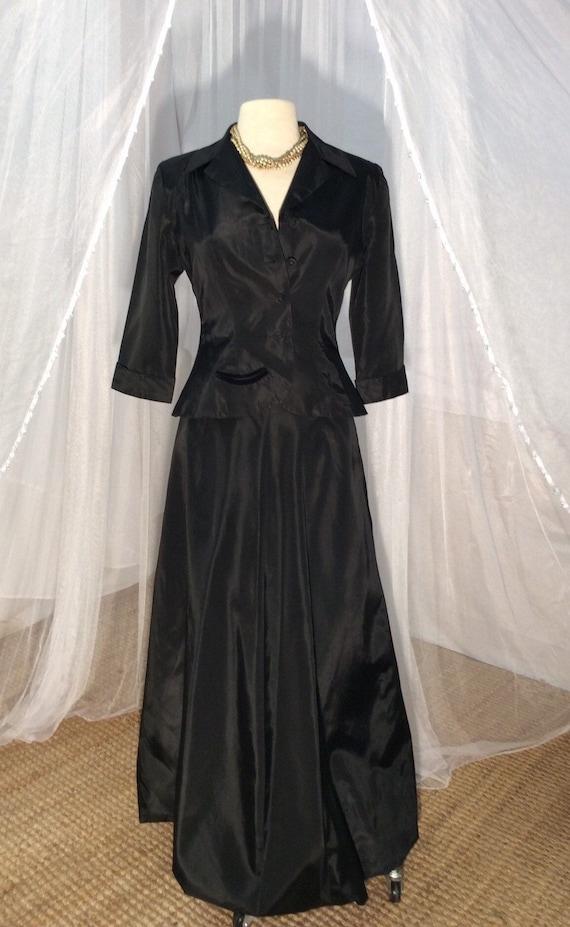 Vintage 1950/1960 stunning black taffeta jacket wi