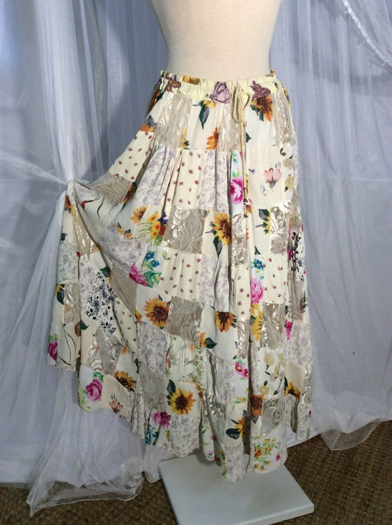 Vintage 70's Hippie- Boho patchwork flower and lac