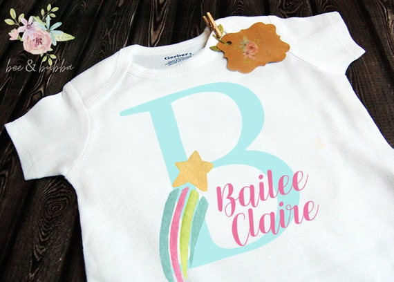Personalised Baby Grow Garçons Filles Nom Chaussures FUNNY Body Baby Shower cadeau