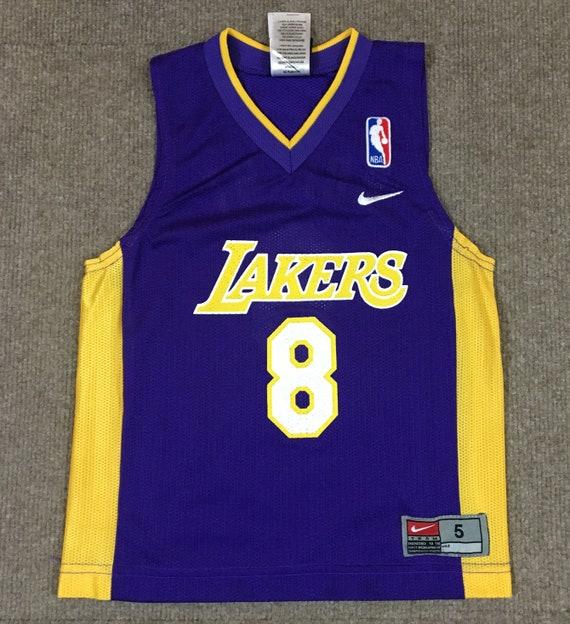 sports shoes f80d3 62b11 VTG Nike Kobe Bryant Los Angeles Lakers NBA Jersey #8 Purple Youth Size 5