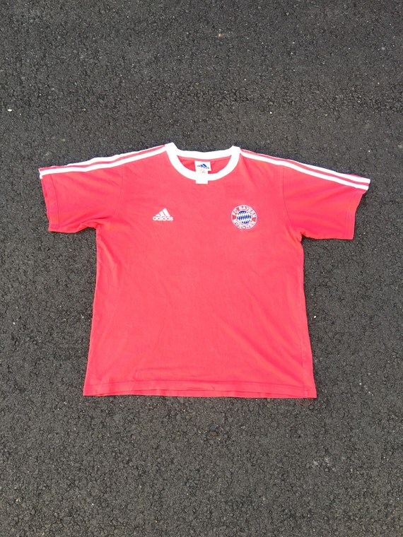 Vintage Adidas Bayern Munich t shirt