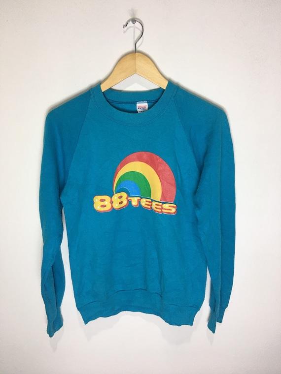 Vintage 88 Tees Rainbow sweatshirts